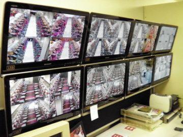 【悲報】パチンコ屋、客のスマホの中身まで監視していた模様画像